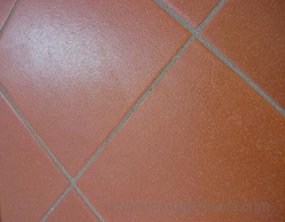 Stratos - Quadratische Terracotta-Fliese