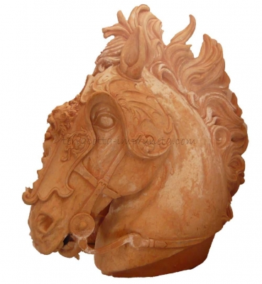 Cavallo con armatura - Geschirrtes Pferd